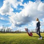 Emma Spitz am Golfplatz